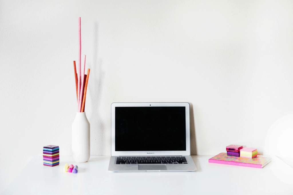 balance blogging with a full-time job
