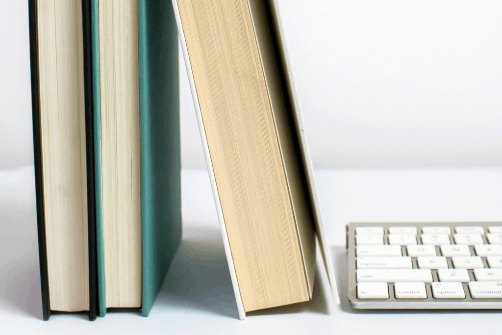 The 7 Best Books for Bloggers to Read - These 7 books are a few of the resources that helped me grow my blog from a hobby to a legit business. You're definitely going to want to check out these books for bloggers to read! #blogging #bloggingtips