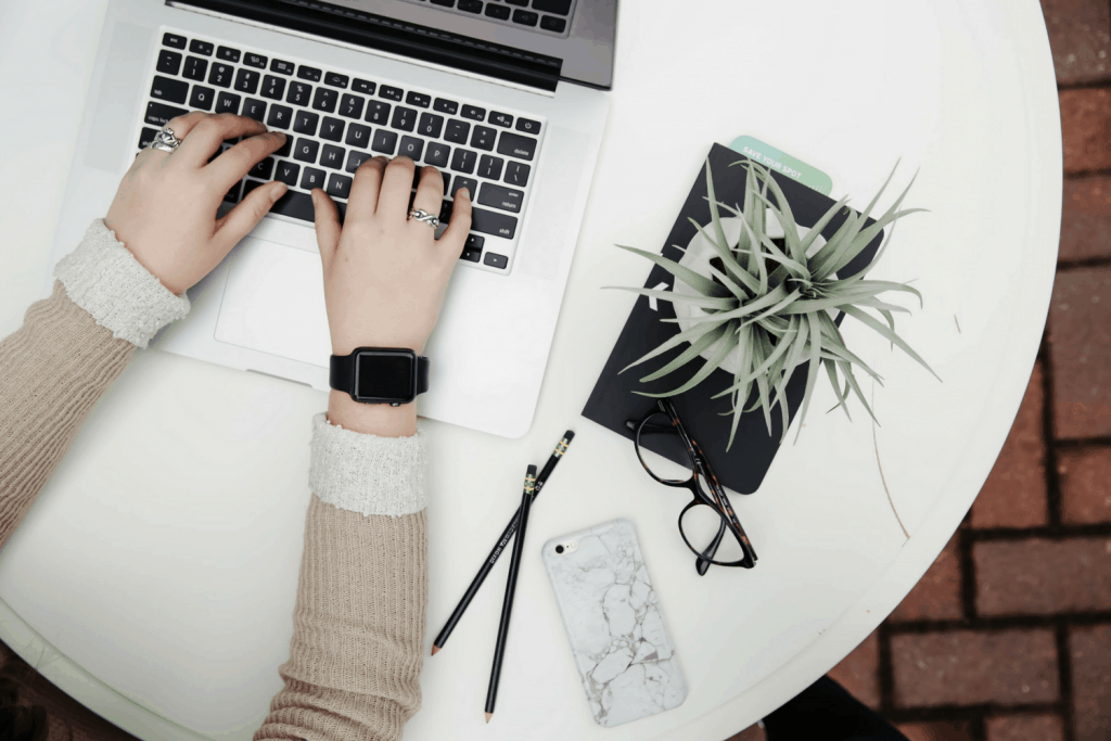 Tax Tips For Bloggers & How I Manage My Blog Finances