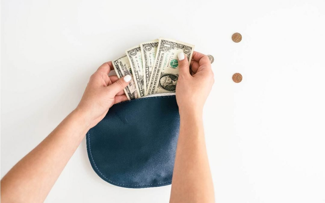 How to Create a Minimalist Budget to Manage Your Money